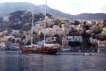 yacht in greek islands