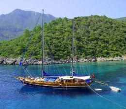 Information About Yacht Chartering