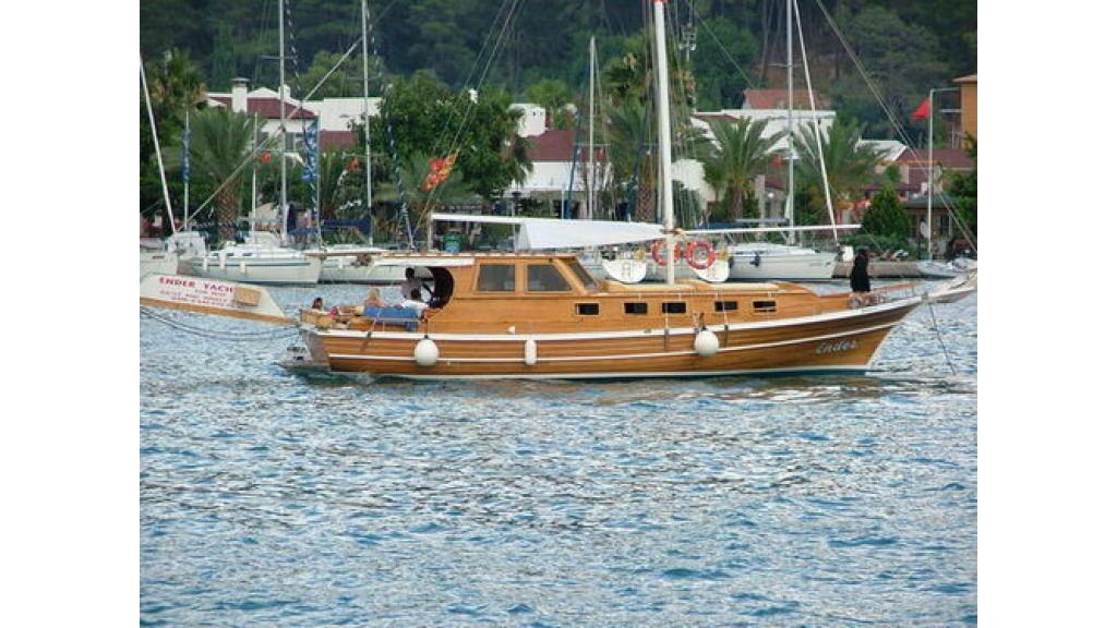 1287485000_small_transom_for_sale_1