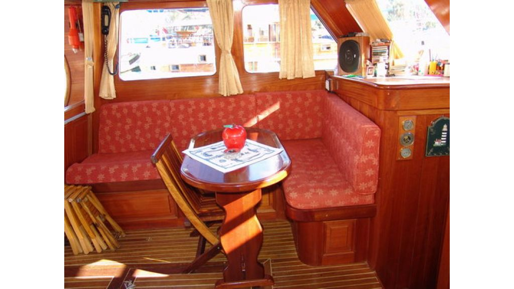 1287485007_small_transom_for_sale_3