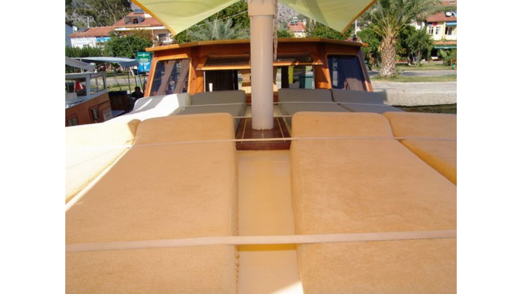 1287485017_small_transom_for_sale_4