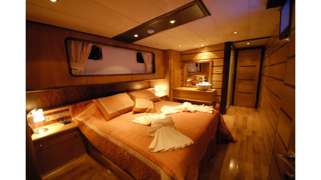 1287728198_4_cabins_charter_gulet_3