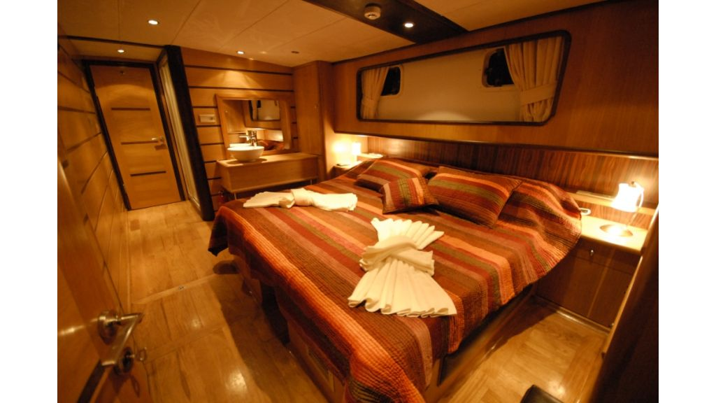 1287728222_4_cabins_charter_gulet_9