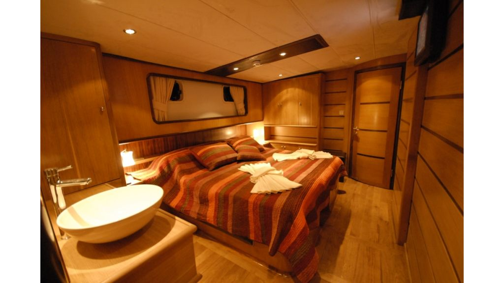 1287728239_4_cabins_charter_gulet_13