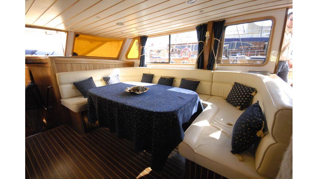 1287755401_boat_la_vicomtesse_7