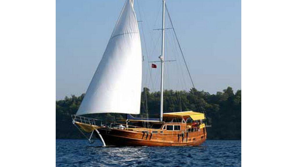 1287755469_boat_la_vicomtesse_3
