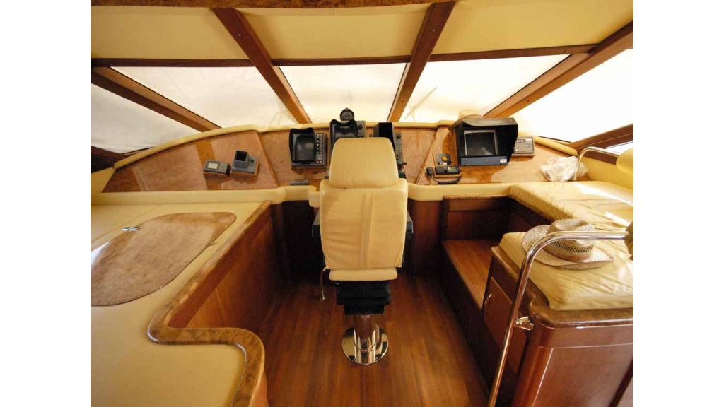 1288851147_motoryacht_for_sale__10