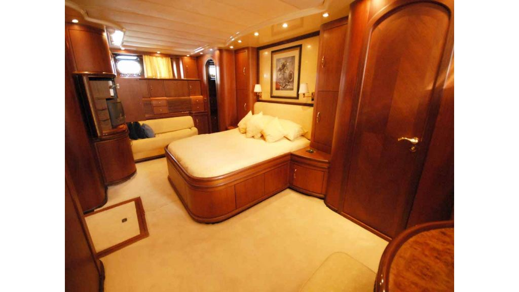 1288851179_motoryacht_for_sale__2