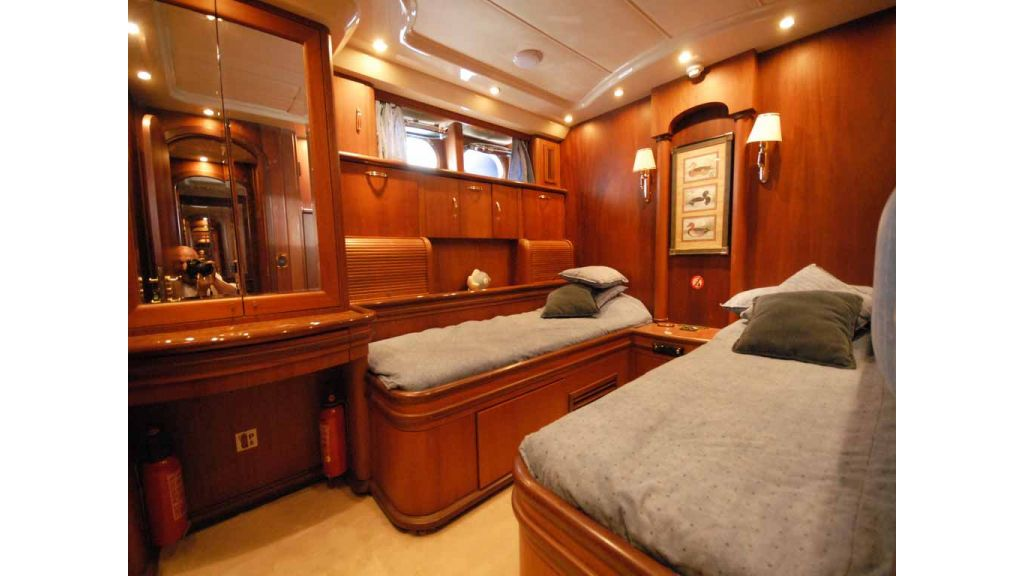 1288851195_motoryacht_for_sale__3