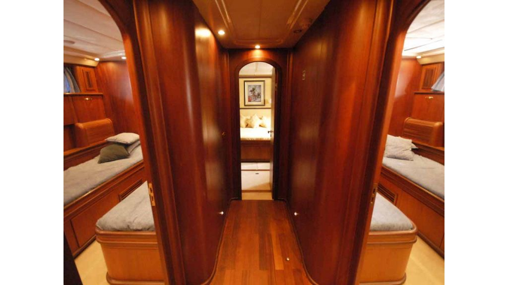 1288851214_motoryacht_for_sale__7
