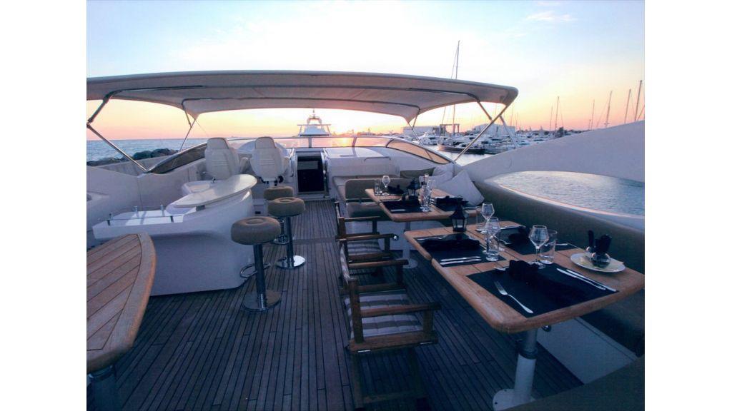 sunseekers_105_motoryacht_for_sale_4