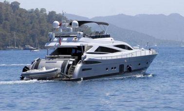 1288861837_motoryacht_for_sale_12_resize