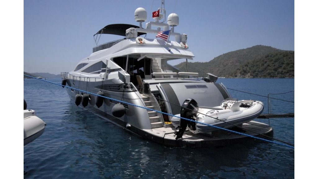 1288861912_motoryacht_for_sale_8_resize