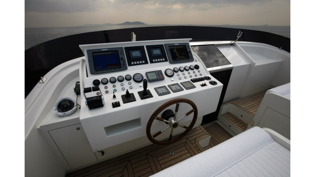 1288870499_motoryacht_for_sale_6