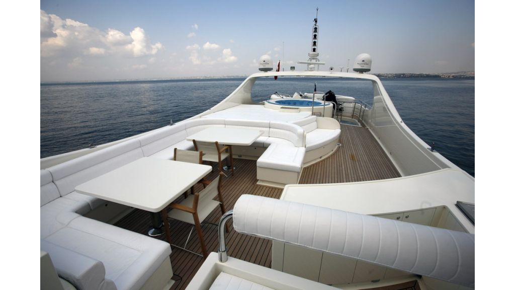 1288870533_motoryacht_for_sale_5