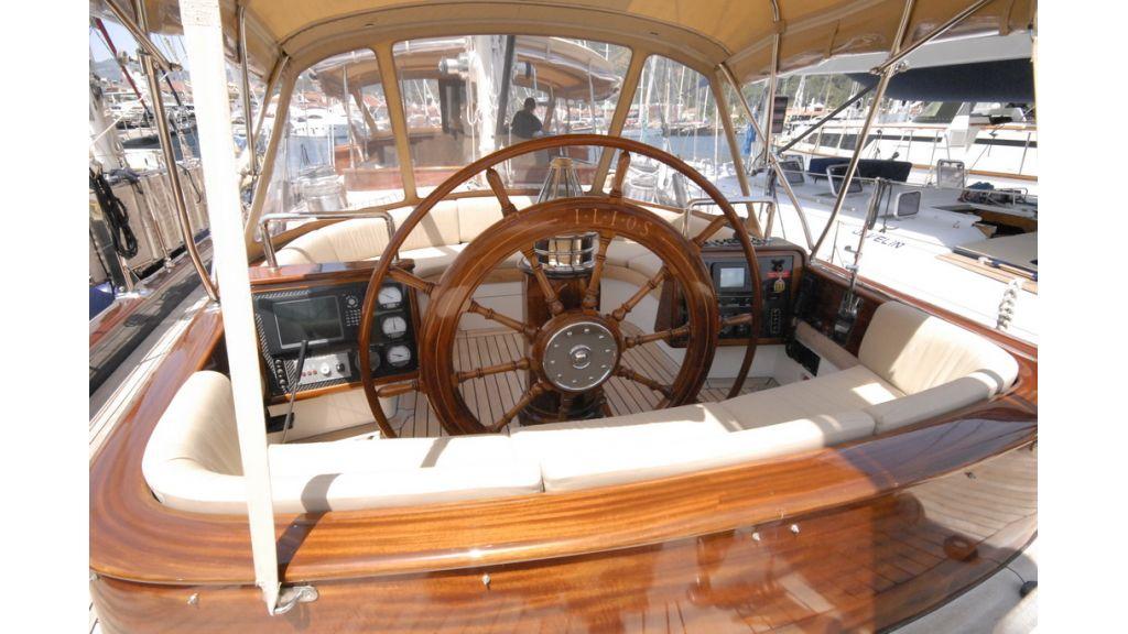 1288884668_sailing_yacht__17