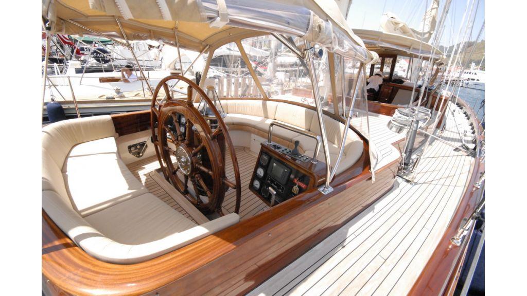 Sailing_yacht_ (18)