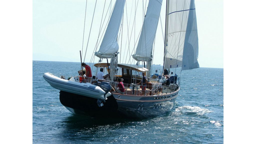 1288884796_sailing_yacht__21