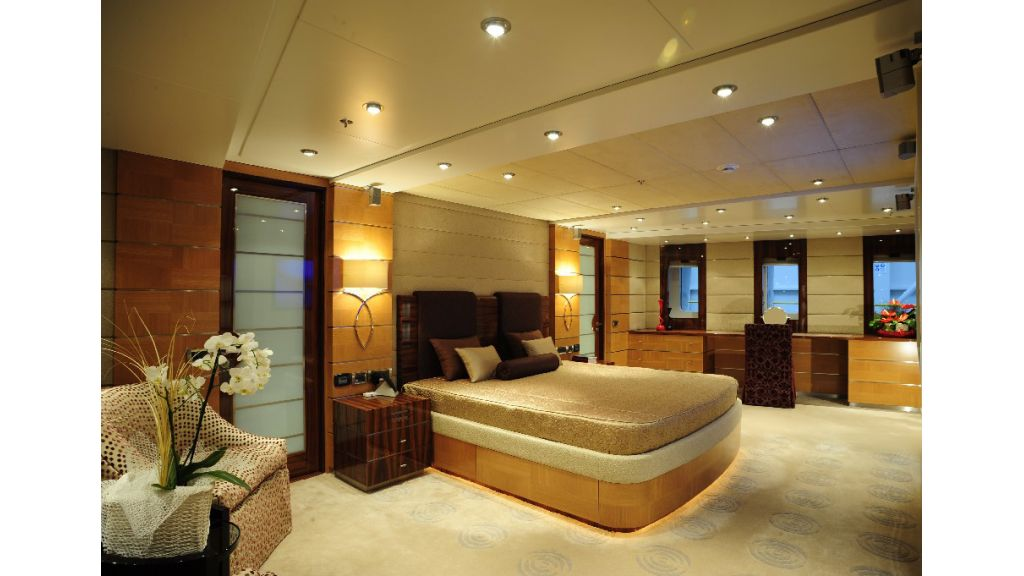 Dream On motoryacht picture (16)