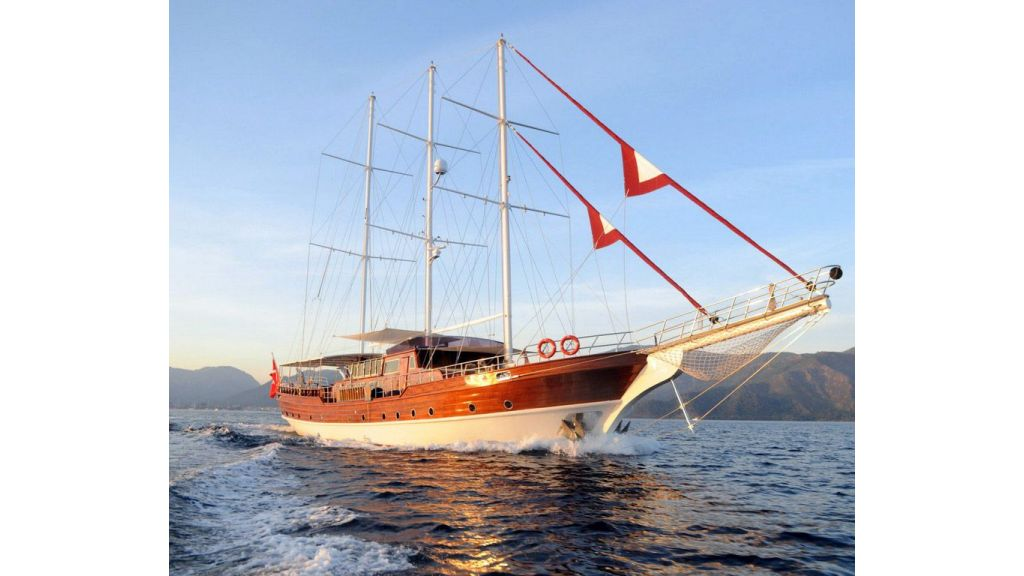 30-meter-5-cabins-luxury-charter-gulet-for-sale