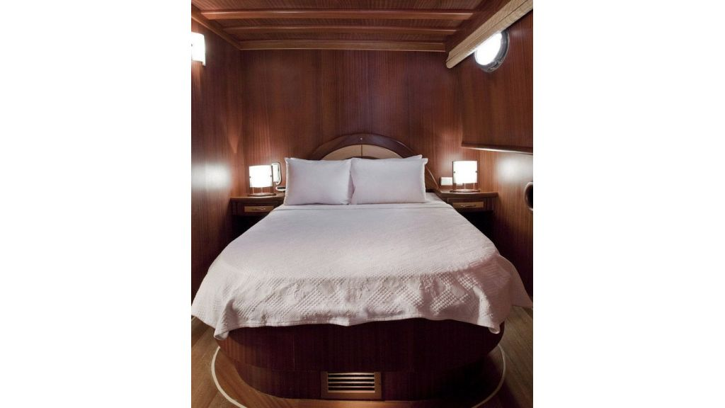 30-meter-6-cabin-luxury-gulet-double cabin