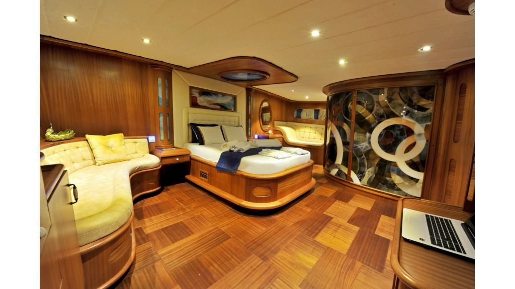 30m Charter Gulet for Sale (12)