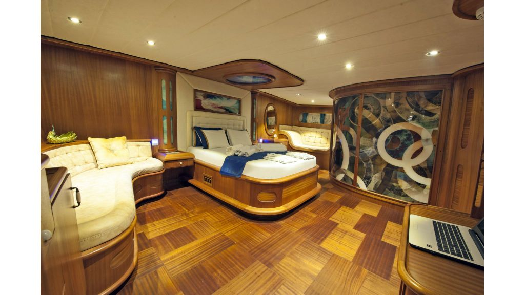 30m Charter Gulet for Sale (13)