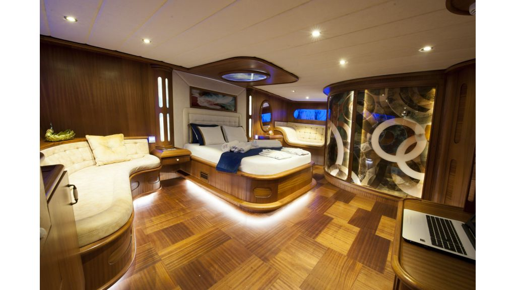 30m Charter Gulet for Sale (14)