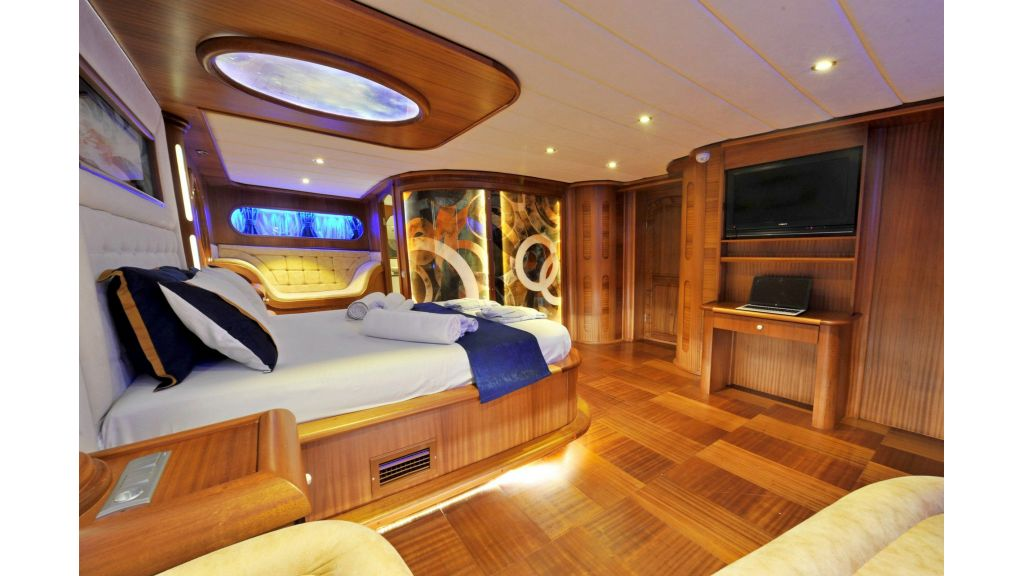 30m Charter Gulet for Sale (17)