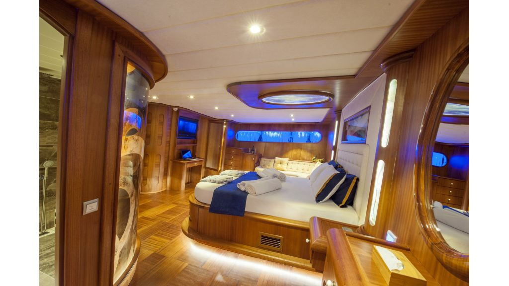 30m Charter Gulet for Sale (19)