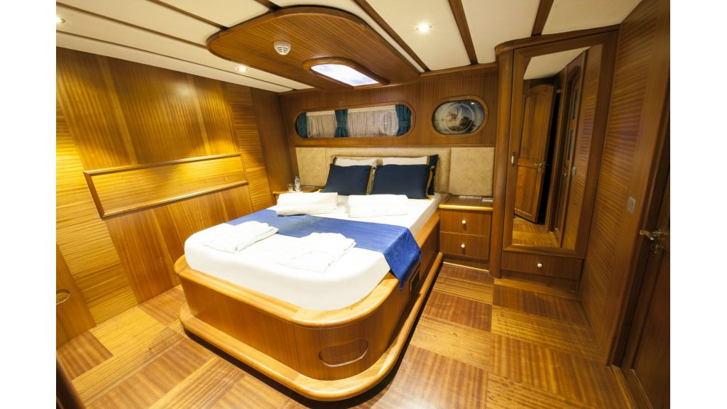 30m Charter Gulet for Sale (22)