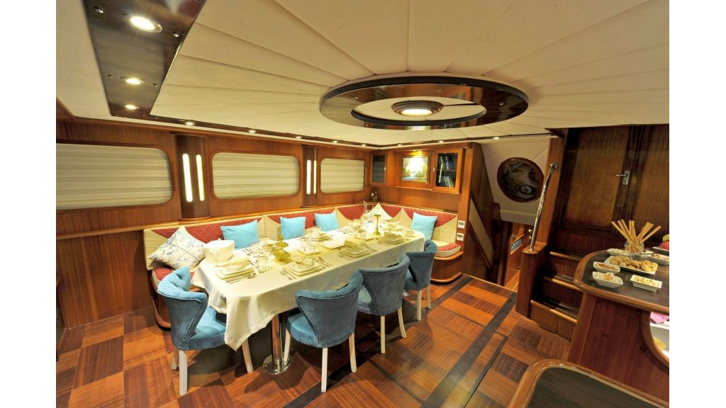 30m Charter Gulet for Sale (29)