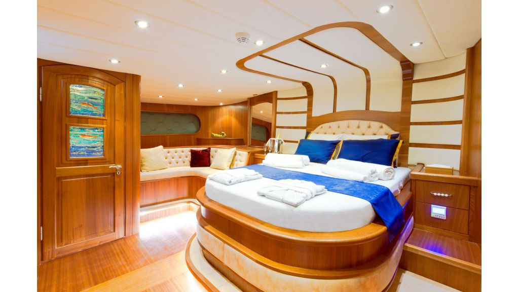 30m Charter Gulet for Sale (34)
