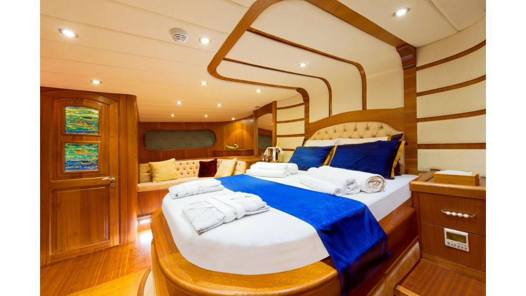 30m Charter Gulet for Sale (35)