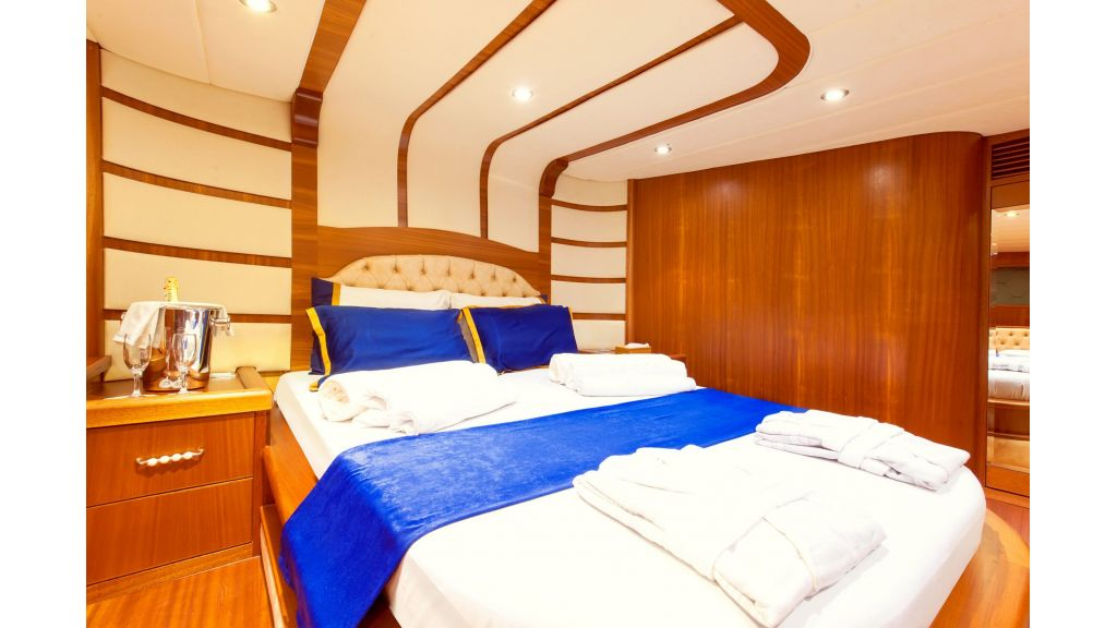 30m Charter Gulet for Sale (39)
