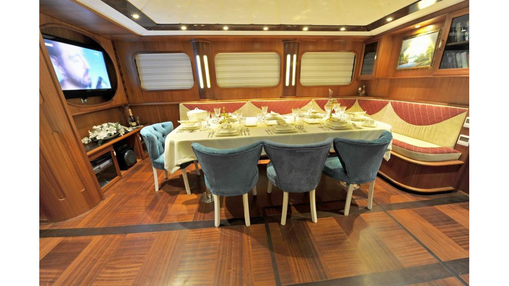 30m Charter Gulet for Sale (4)