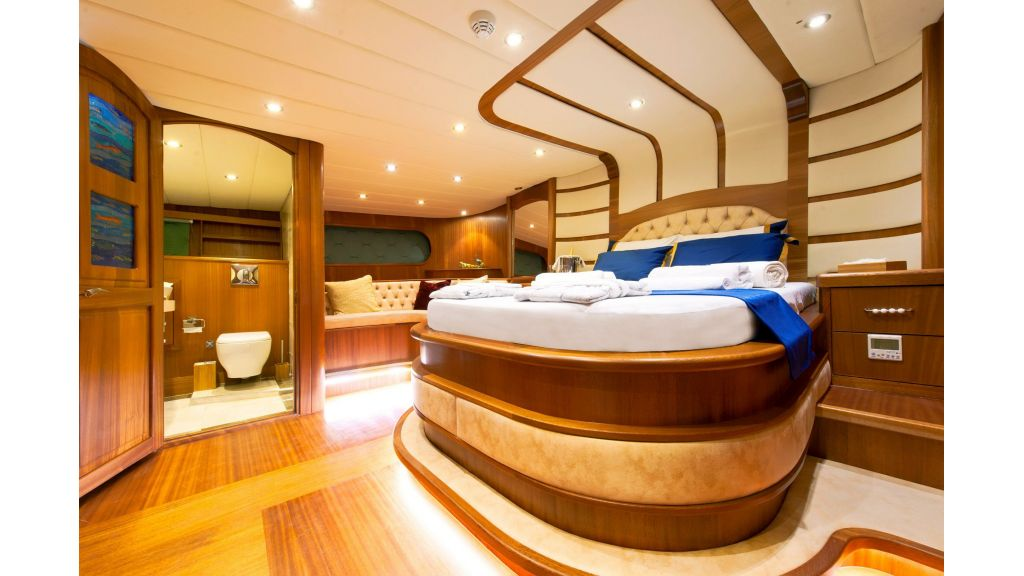 30m Charter Gulet for Sale (40)