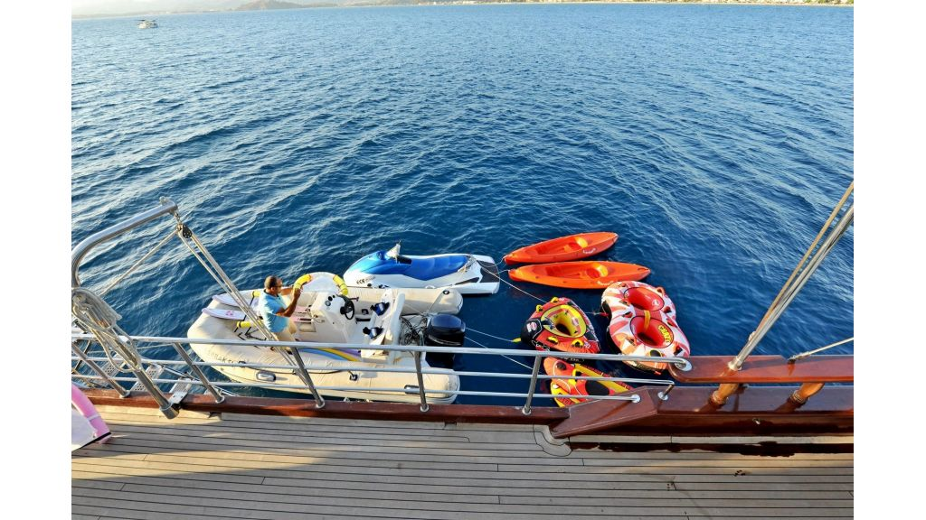 30m Charter Gulet for Sale (43)