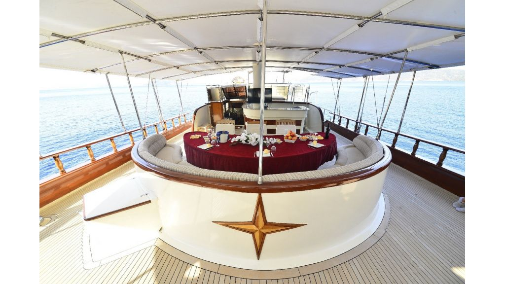 30m Charter Gulet for Sale (45)