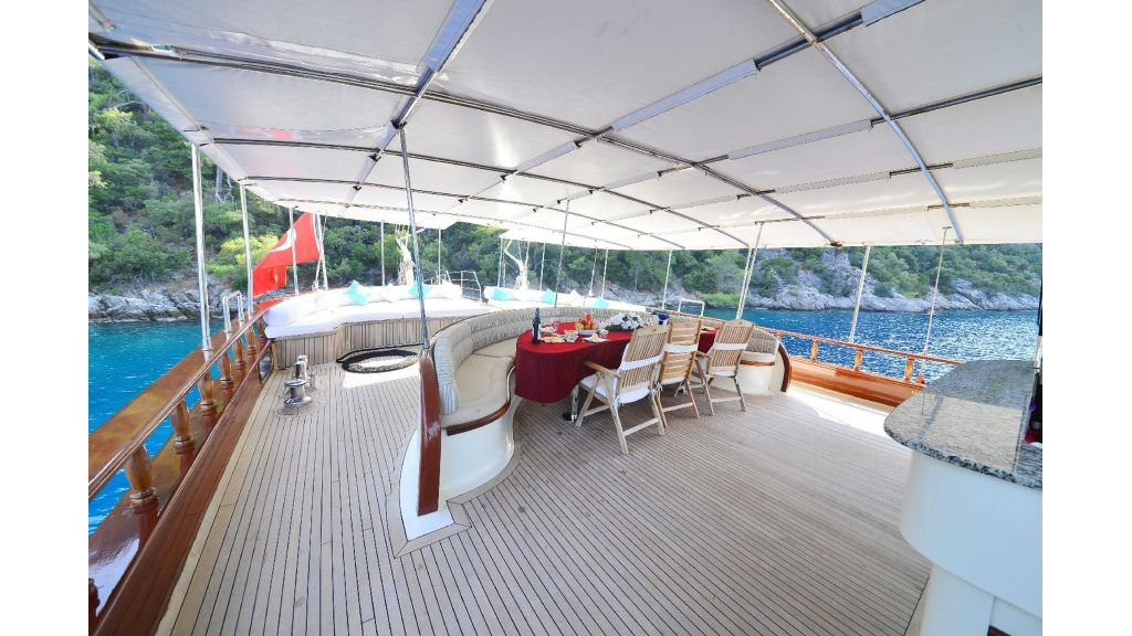 30m Charter Gulet for Sale (48)