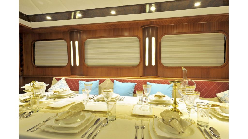 30m Charter Gulet for Sale (5)
