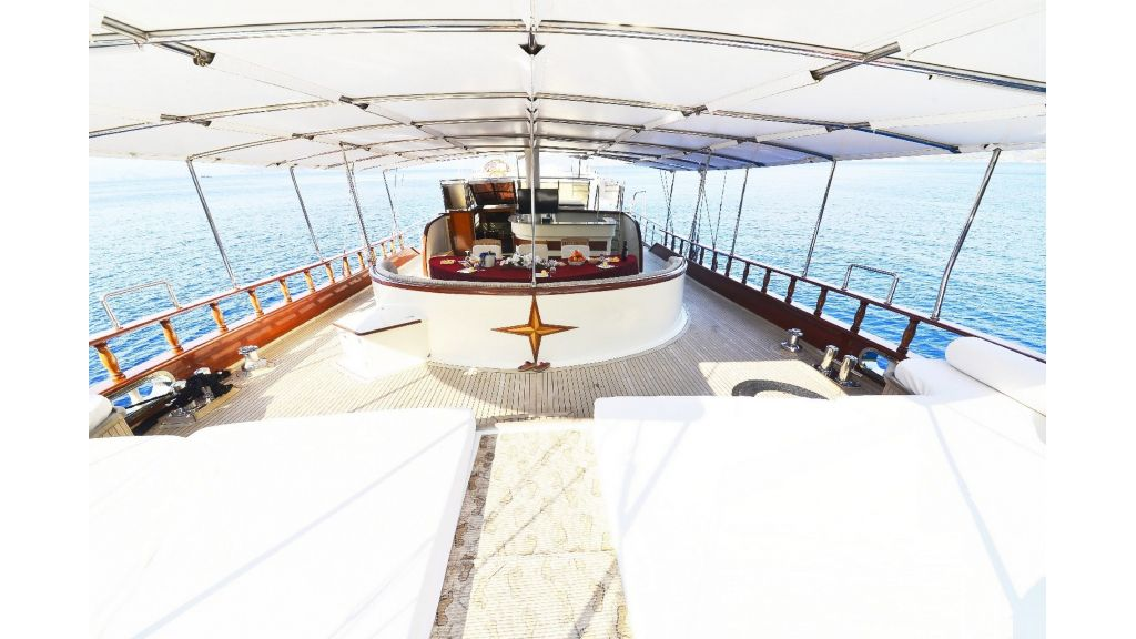 30m Charter Gulet for Sale (50)