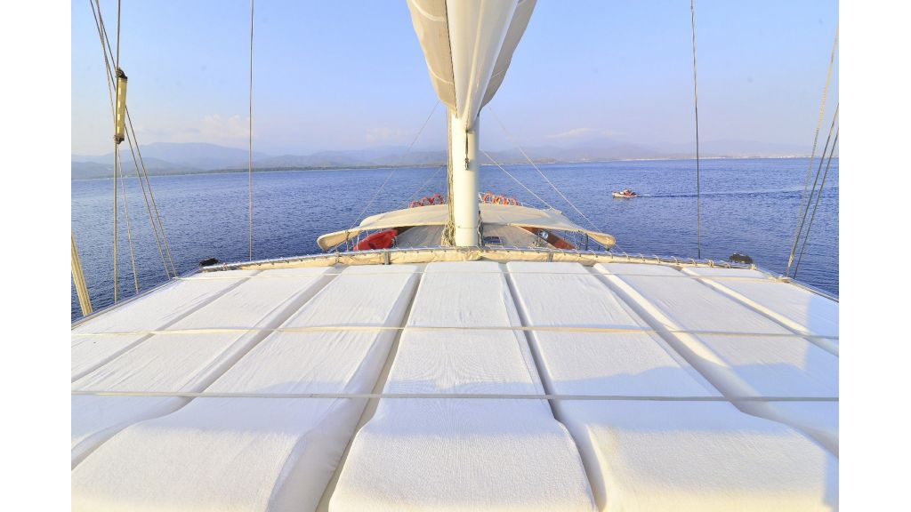 30m Charter Gulet for Sale (54)