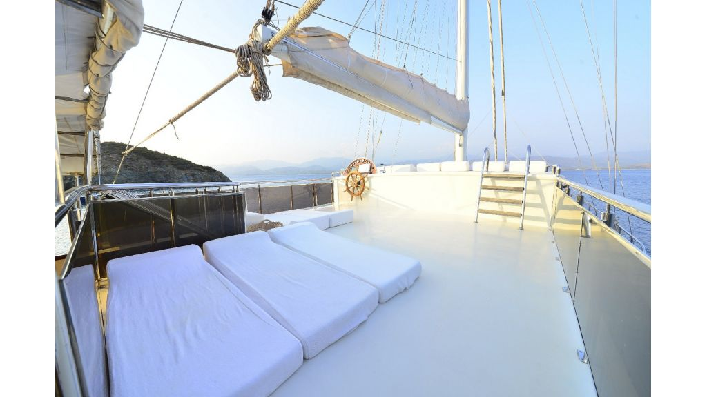 30m Charter Gulet for Sale (55)