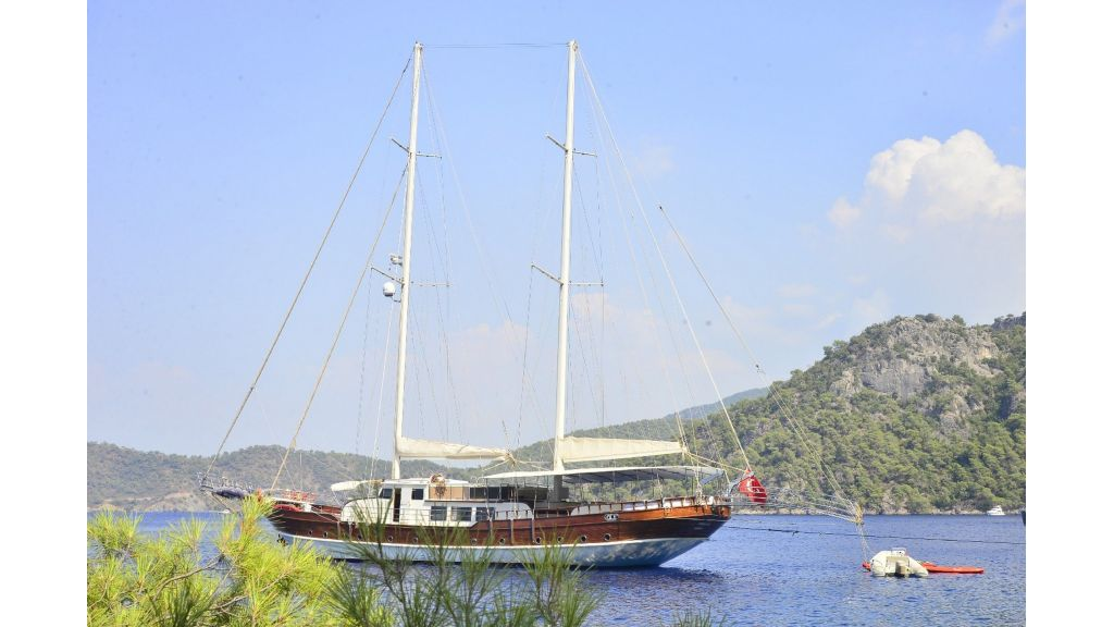 30m Charter Gulet for Sale (58)