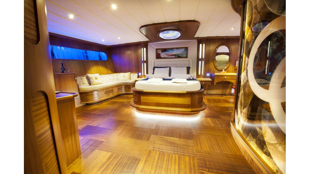 30m Charter Gulet for Sale (7)