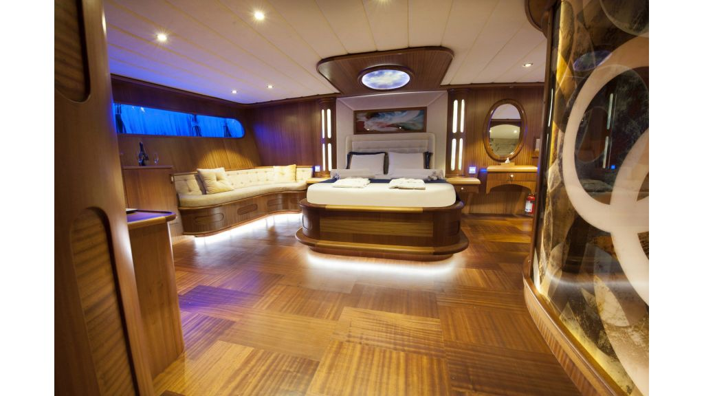 30m Charter Gulet for Sale (8)