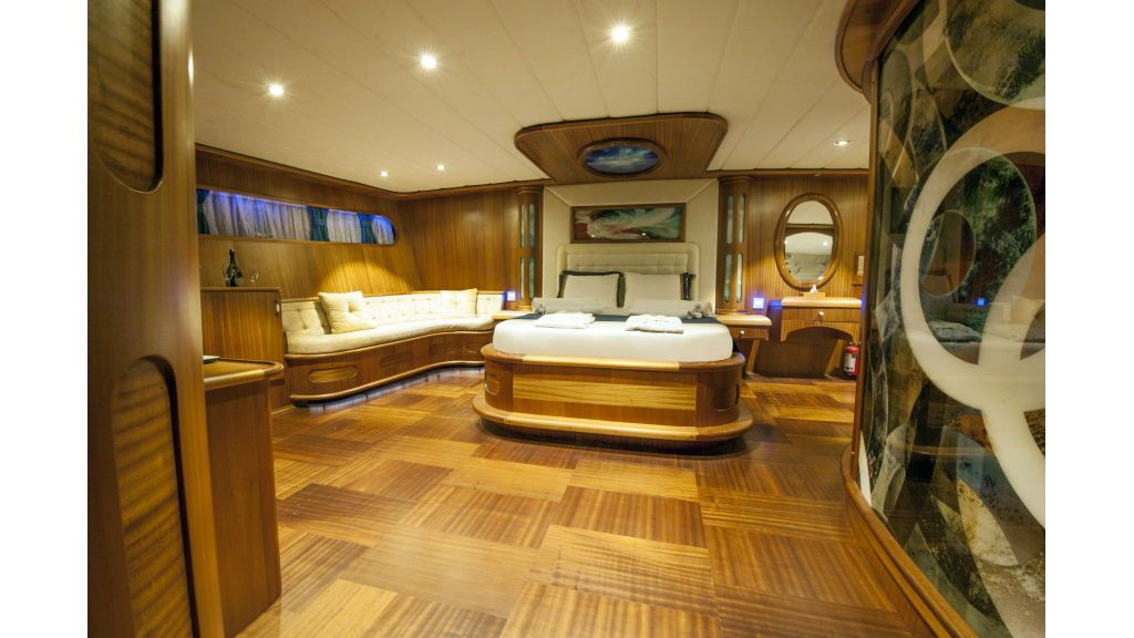 30m Charter Gulet for Sale (9)
