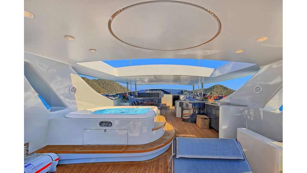 39m Mahogany Built Motor Yacht for Sale (55)