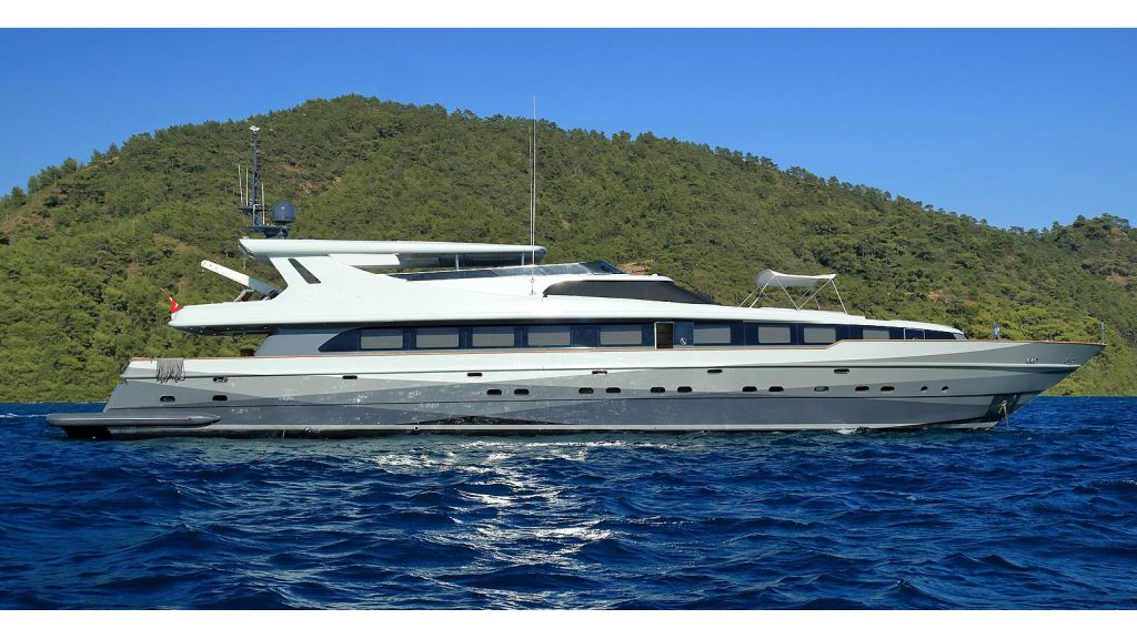 39m Mahogany Built Motor Yacht for Sale